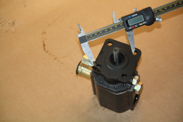 Small Engine Mounting Brackets : Hydraulic pump mounting bracket to small engines for log