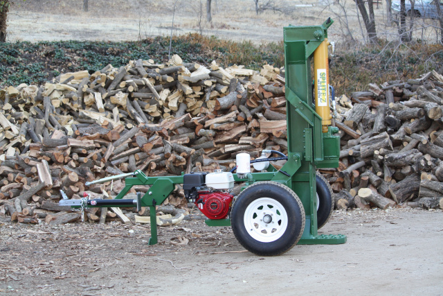 wood Splitters  made in U.S.A log splitter Honda Engine.