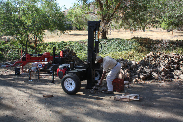 "Big Red hydraulic log splitter 30"" stroke wood splitters at splitez.com"