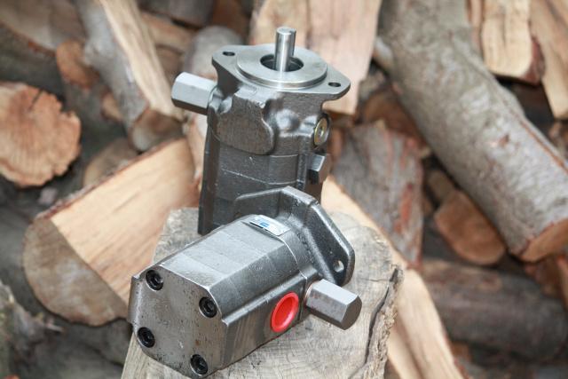 Hydraulic log splitter 2 stage pumps LOW $$$ PRICE